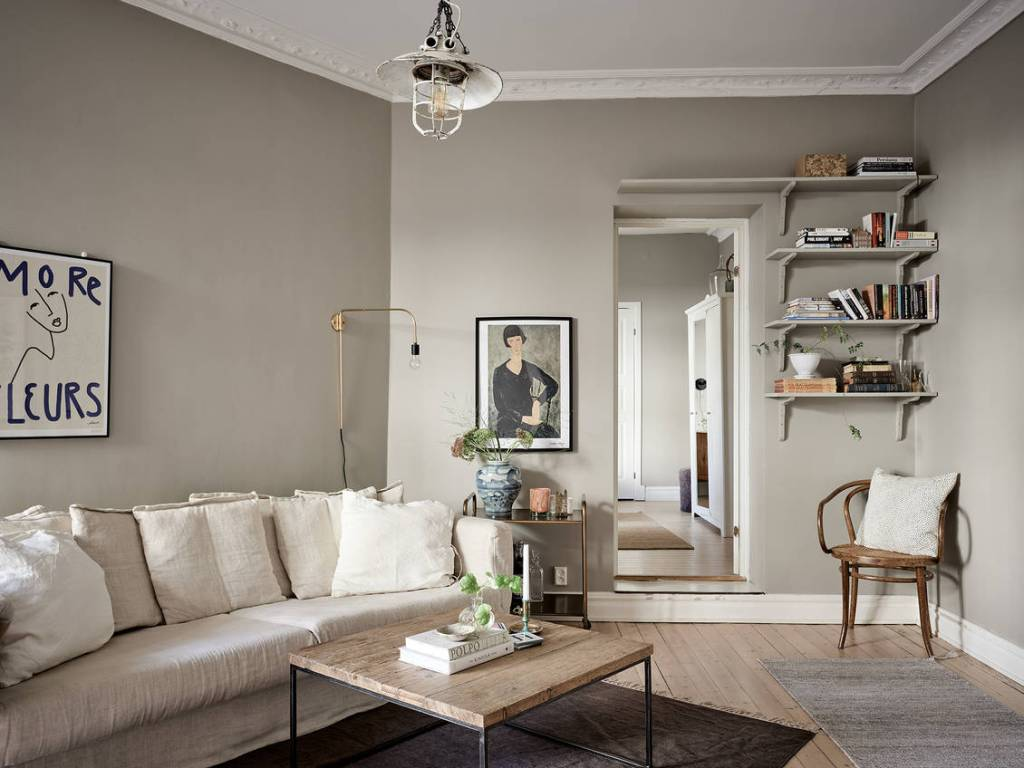 Simple and cozy home in warm grey