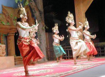 ■アプサラダンスショー カンボジアの民族舞踊