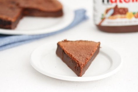 9. Flourless Nutella Cake: whipped eggs + Nutella. Whip eggs rapidly for 6 minutes, then mix with Nutella in a greased pan.