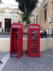 ~ Adore these public phones ~