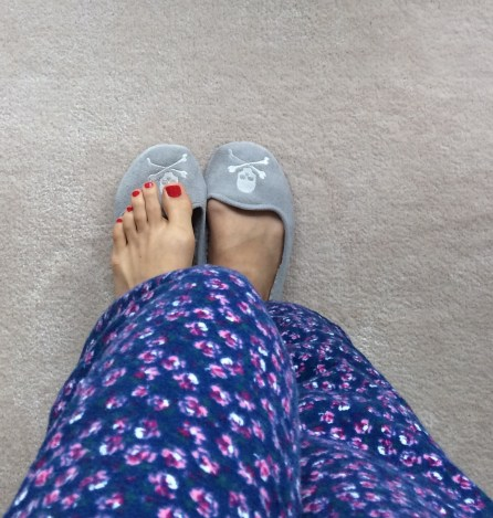 ~ Contrast: Slippers and Spring ready toes ~