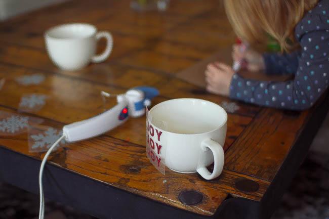 DIY Glitter Holiday Mugs 10