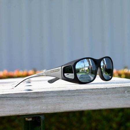 Medium sized fitover sunglasses with silver mirror