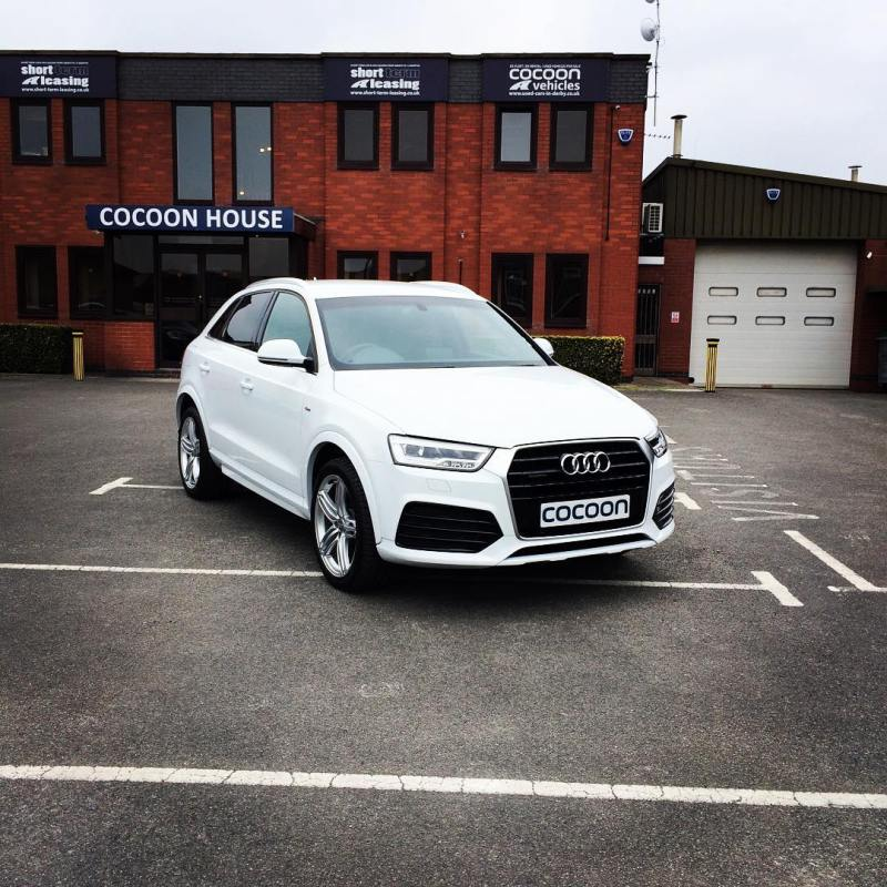 We have a lovely 2.0 TDI Manual in Glacier White.  If you would like more information about this vehicle or any of the others that we have available then please don't hesitate to give us a call on 01332290173 or visit our website. www.cocoonvehicles.co.uk