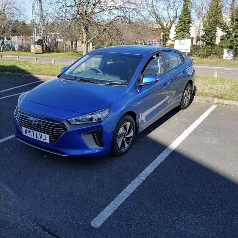 "Thanks to Zaffar for sending us his photos of his new Hyundai IONIQ which he has taken on an 18 month contract!  Short and Long Term Car Leasing : 0330 330 9425 : or GOOGLE ""Cocoon Vehicles"""