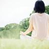 ヨガをすると精神的に穏やかになるって本当ですか?