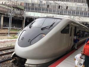 新大阪駅で特急くろしおに乗り込む