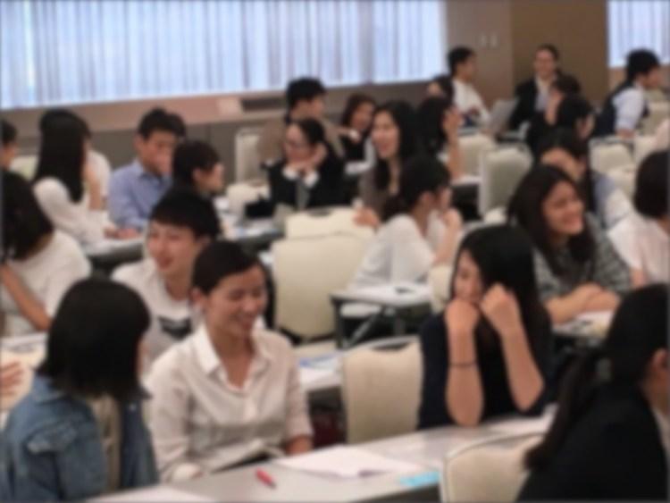 笑顔いっぱいの看護師研修の様子