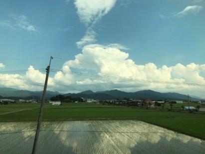 車窓からの素敵な景色の写真