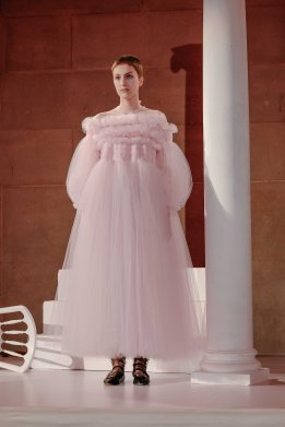 Molly Goddard, making tulle look expensive and luxurious, incredible