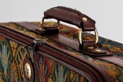 スペイン旅行、パッケージツアーそれとも個人旅行、荷物