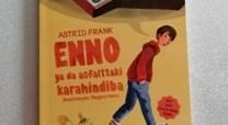Enno ya da Asfalttaki Karahindiba