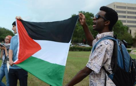 UN Ambassador Nikki Haley visits University of Houston campus, sparks pro-Palestine protest
