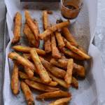 Farali french fries or vrat ke french fries are crunchy, crispy, and deep fried snack to make on fasting days. Perfect to have with tea and kids after school snack as well.