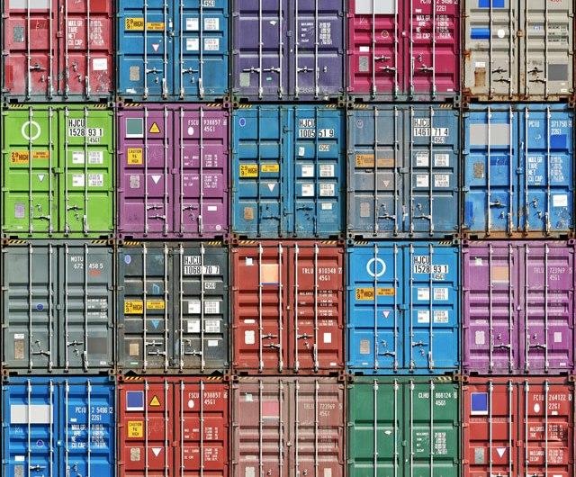 Using private registry in Docker Swarm