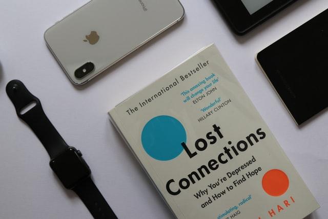 droit à la déconnexion chez les développeurs - Photo by Clayton Robbins on Unsplash