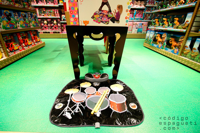 Hamleys-Mexico-11