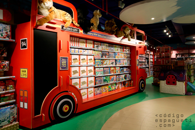 Hamleys-Mexico-18