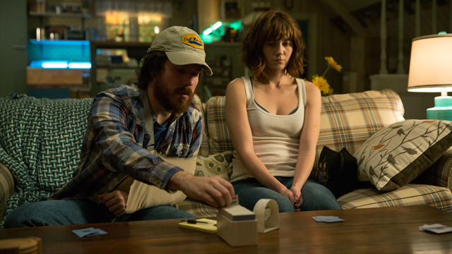10-Cloverfield-Lane-6
