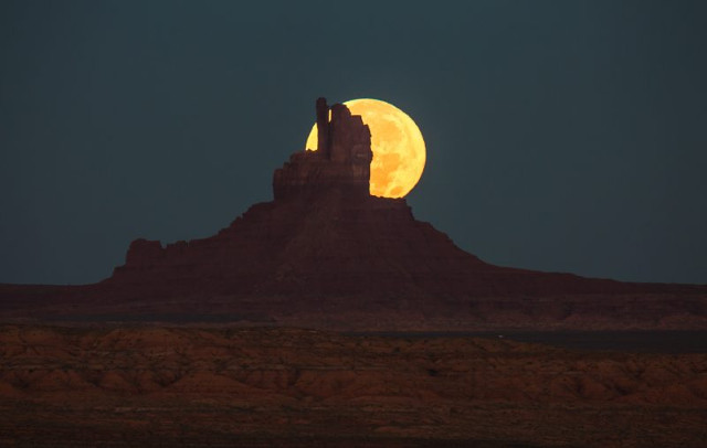 monument-valley-on-the-utah-arizona