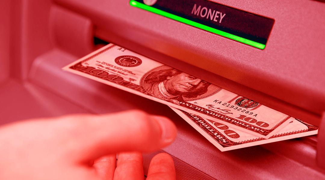 Así es como los hackers rusos están robando dinero de los cajeros automáticos con ayuda de un taladro