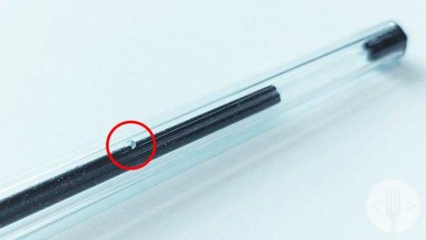 Los bolígrafos de BIC tienen un pequeño agujero