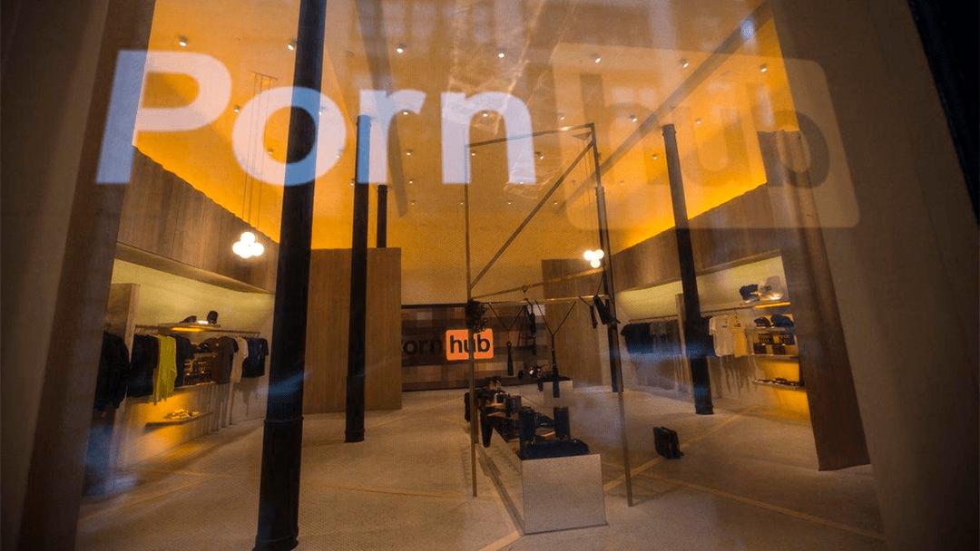 Pornhub abrió su primera tienda física en donde puedes grabar tu propio video | Código Espagueti