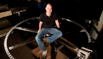 ¿Por qué Jeff Bezos está construyendo un reloj gigante?
