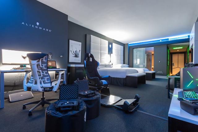 El Hilton Panamá diseña la habitación de tus sueños — Solo para gamers