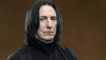Alan Rickman como Severus Snape