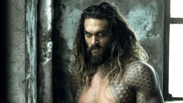 Juguetes de la película de Aquaman muestran nuevos trajes