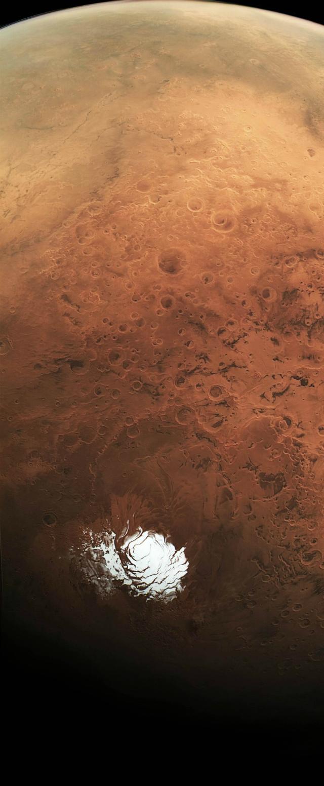 Marte guarda un lago de agua líquida bajo su superficie