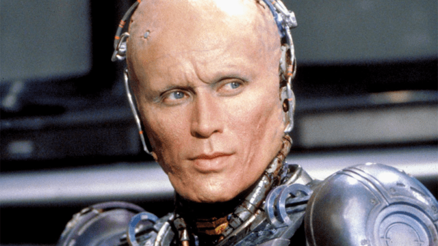 Peter Weller, el Robocop original del cine