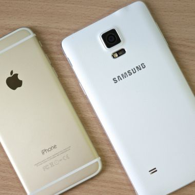 Multan a Apple y Samsung por reducir velocidad de teléfonos
