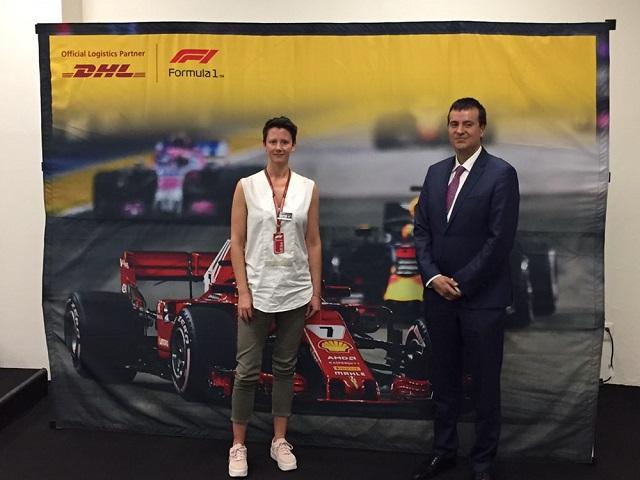 Ellie Norman, Directora de Marketing y comunicación de Fórmula 1 y Antonio Arranz, CO de DHL Mexico.