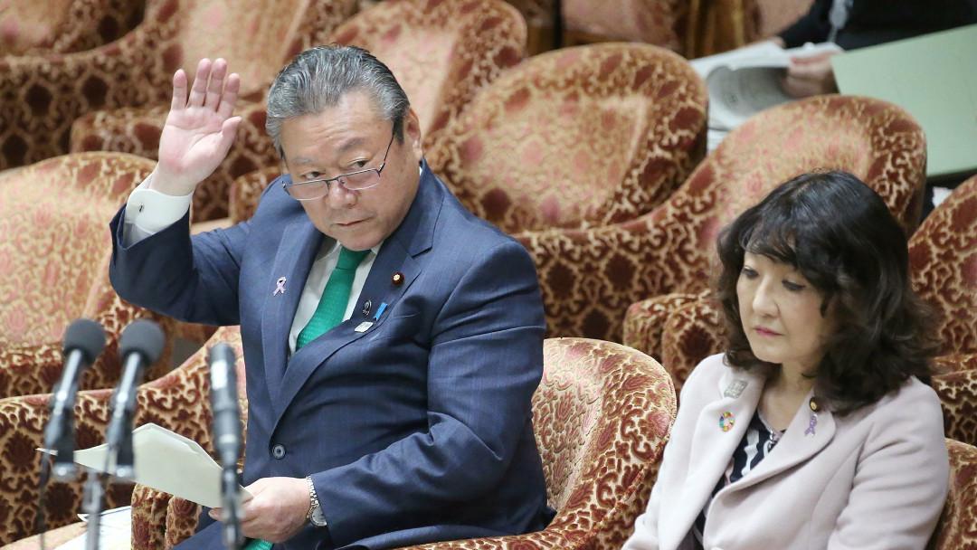 El viceministro de ciberseguridad de Japón admite que no sabe manejar ordenadores