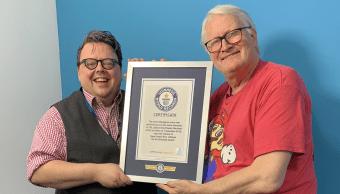 CHarles MArtinet recibe un premio de Records Guinnes