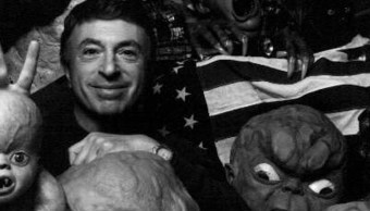 Larry Cohen, The Stuff, Muere, Películas