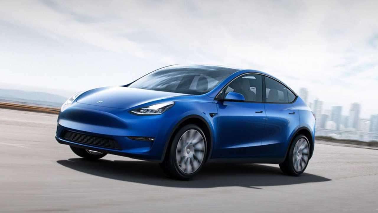 Tesla investiga el incendio espontáneo de un Model S estacionado — Vídeo