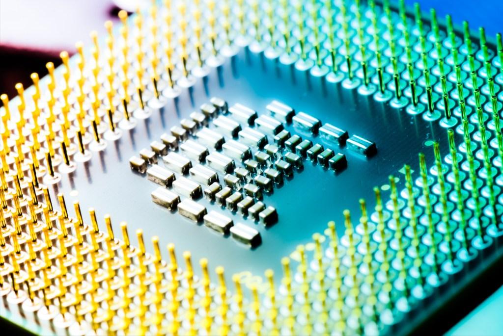 Procesador de color amarillo y verde
