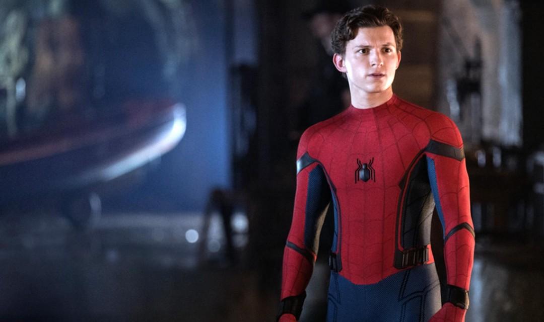 Tom Holland como Spider-Man sin máscara