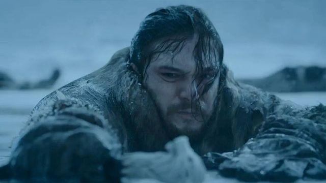 Jon Snow Saliendo Hielo