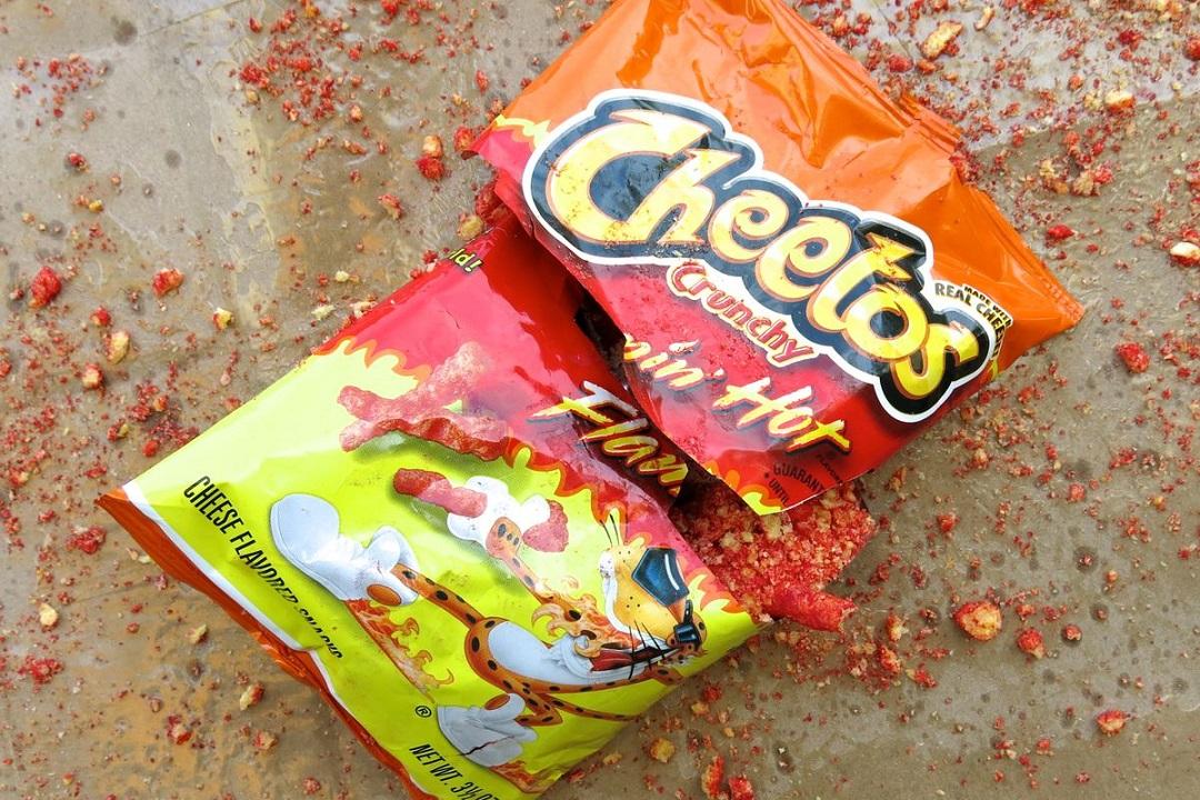 Eva Longoria dirigirá película de Cheetos Flamin Hot