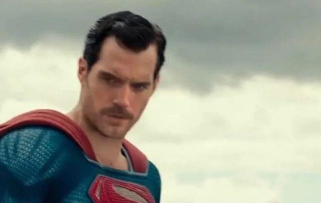 Superman bigote
