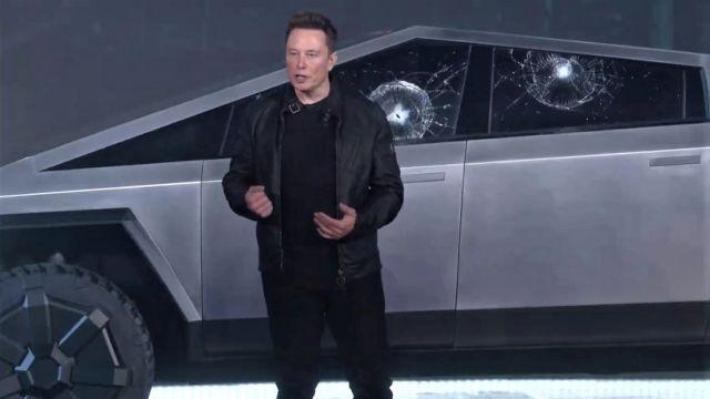 Elon Musk-Cybertruck-A prueba de balas