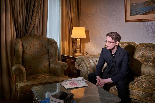 Edward Snowden Personajes Década