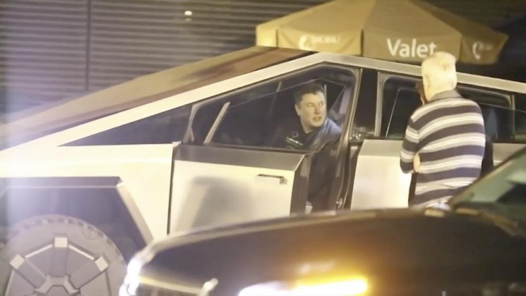 Elon Musk-Cybertruck