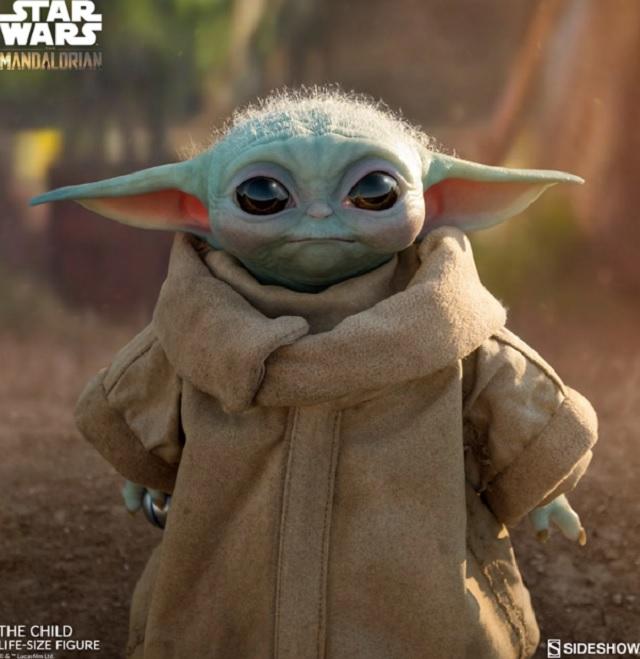 Nueva Figura Baby Yoda (2)