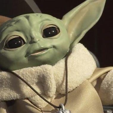 Juguete Animatrónico Baby Yoda