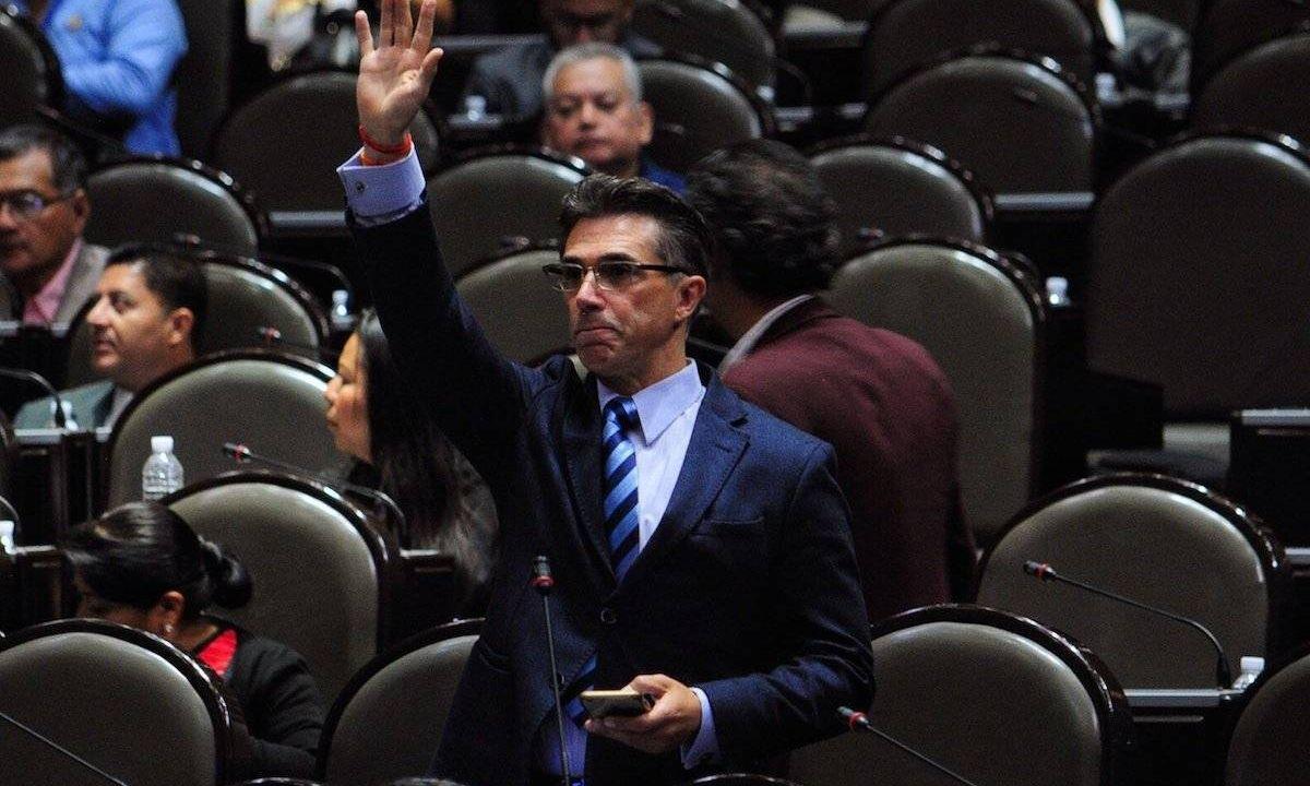Sergio Mayer Impuesto Tecnología